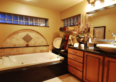 Featured-FL-Home-Remodeling-Contractor-Bathroom-Renovation-Photo
